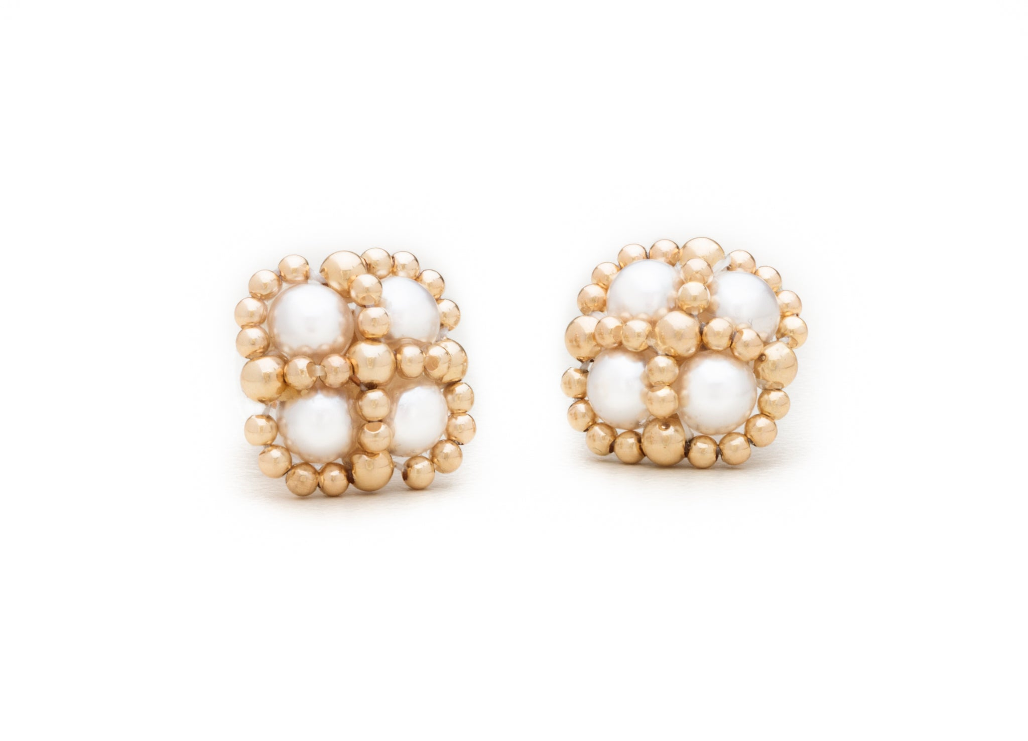 Enhanced Clover Studs, Pearl