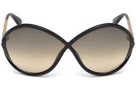 Tom Ford Sunglass Oversize Style Shiny Black Color - Grey Gradient Lens FT0528 01B 70mm