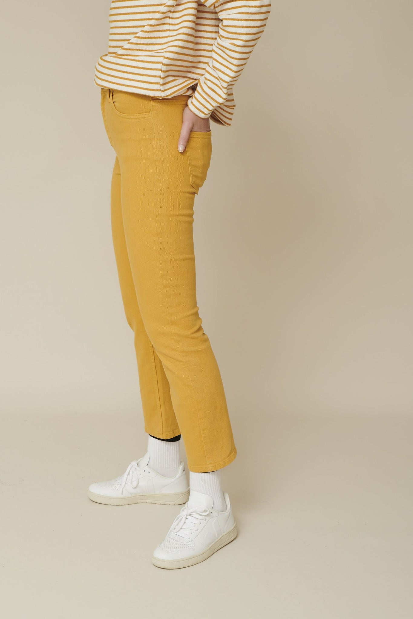 Basic Apparel // Ellen jeans - Apple cinnamon