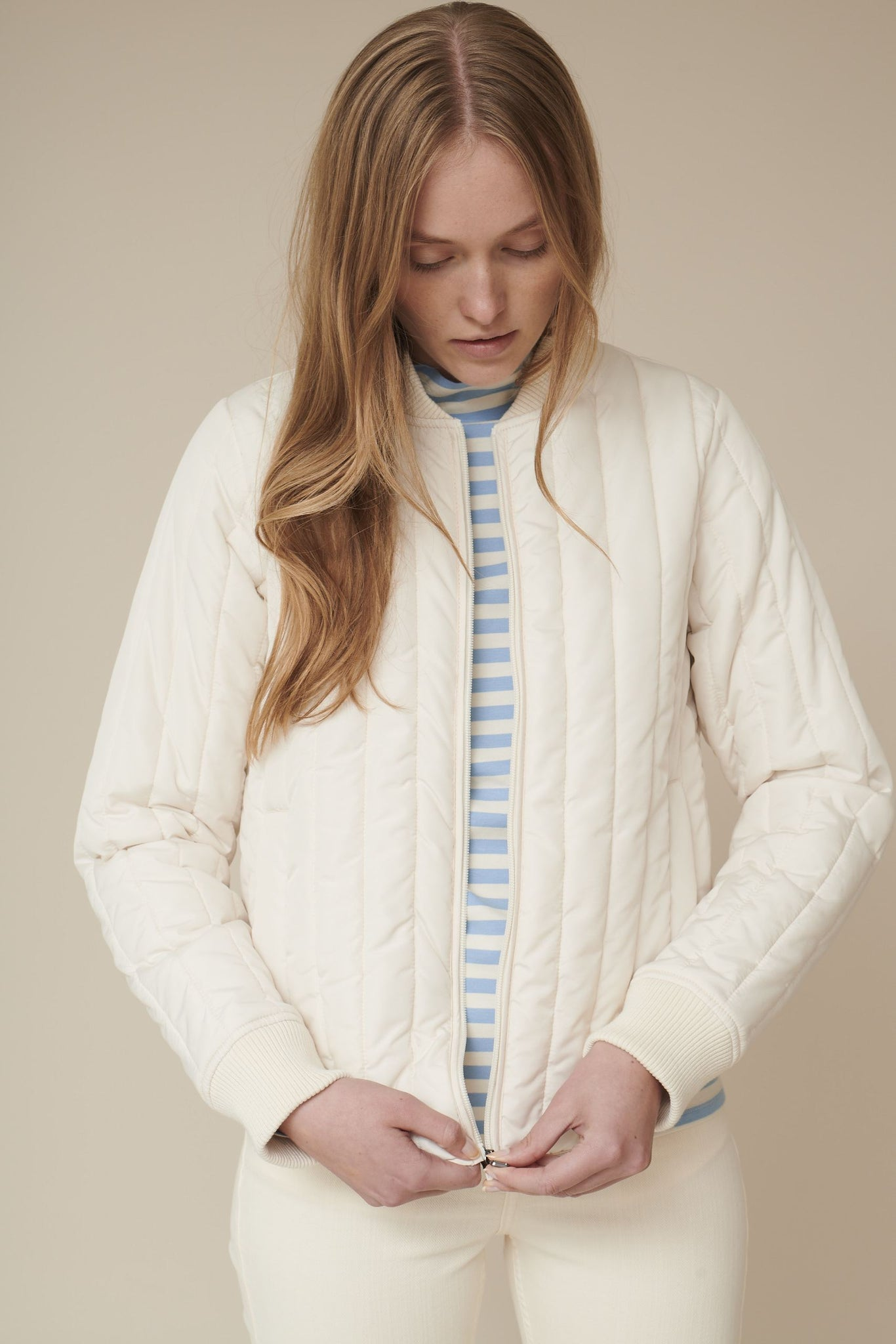 Basic Apparel // Louisa short jacket - Birch