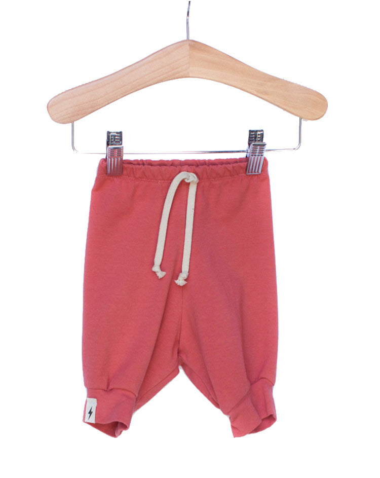 The Milo Slouch Short in Coral