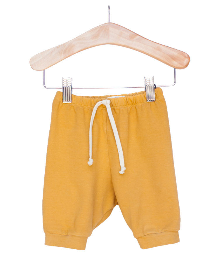 The Milo Slouch Short in Mustard