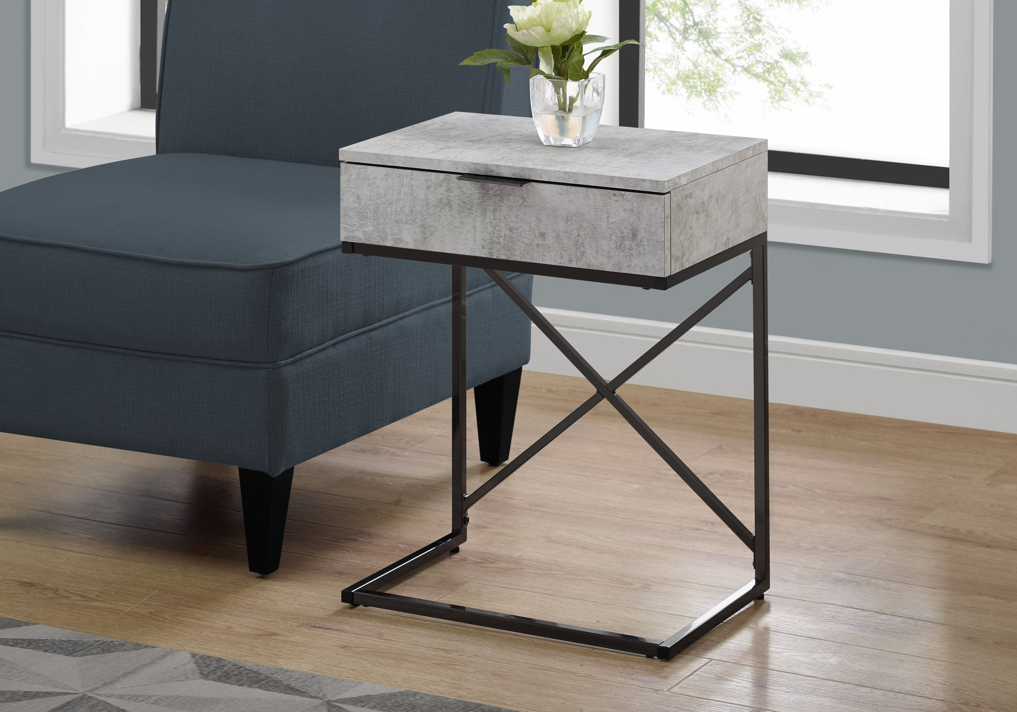 "I 3472 - ACCENT TABLE - 24""H / GREY CEMENT / BLACK NICKEL METAL"