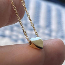 Load image into Gallery viewer, Chunky Mini Heart Necklace