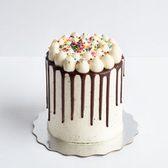 Cookies & Cream Cake by Le Dolci Bakery Toronto
