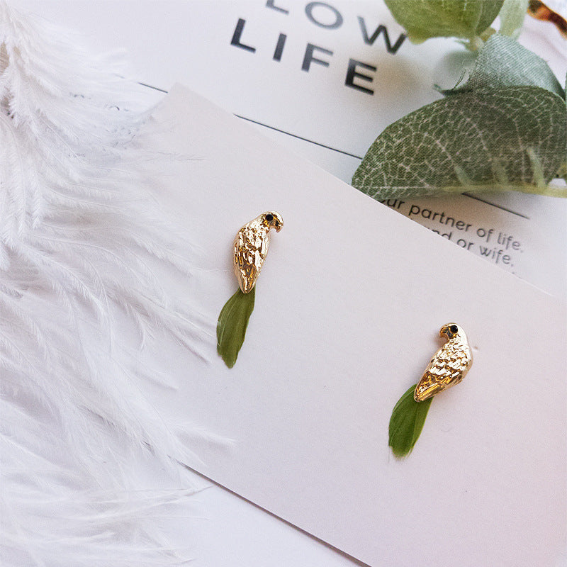 Ladies Simple bird feather earrings
