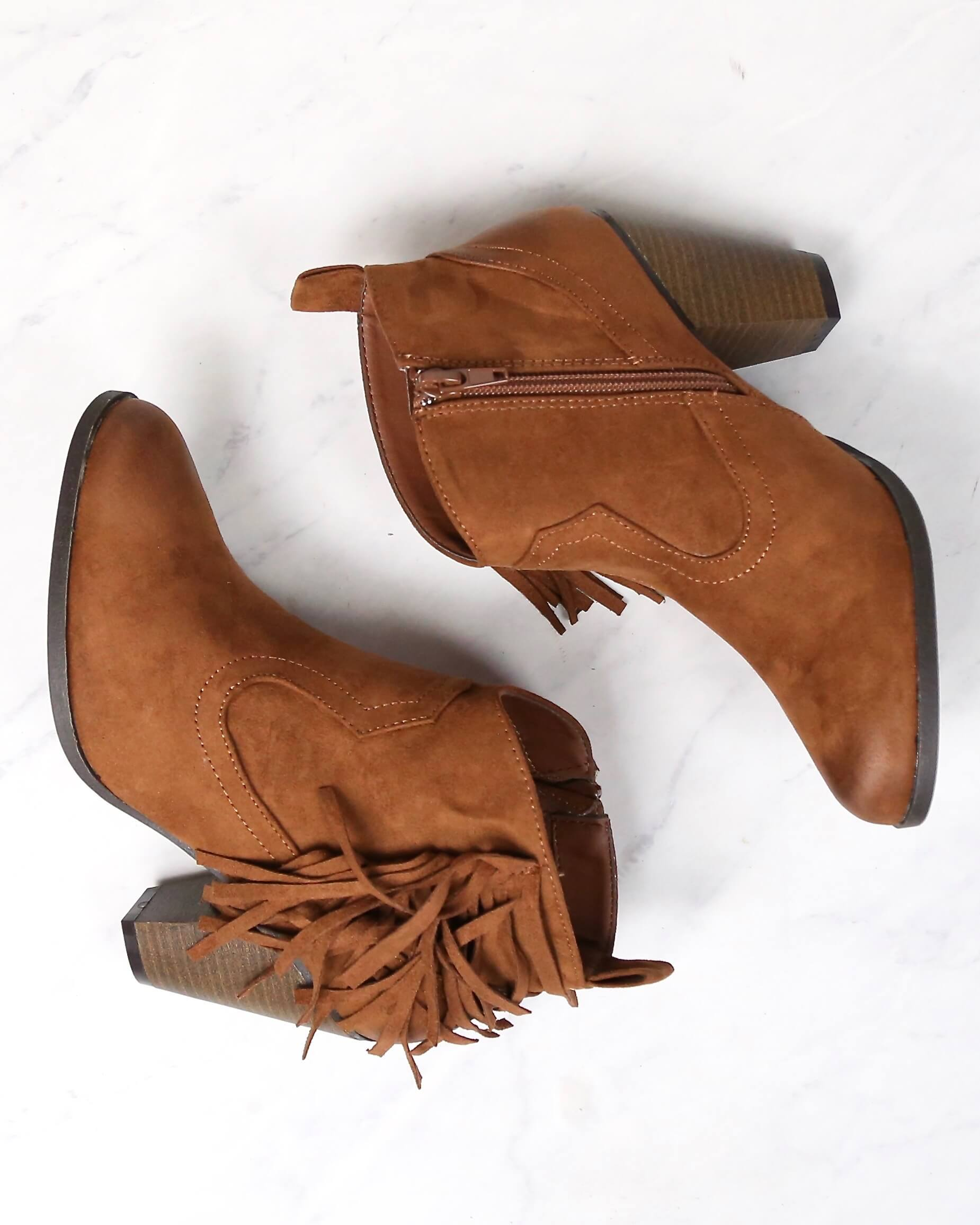 Final Sale - Cara Fringe Ankle Boots in Rust