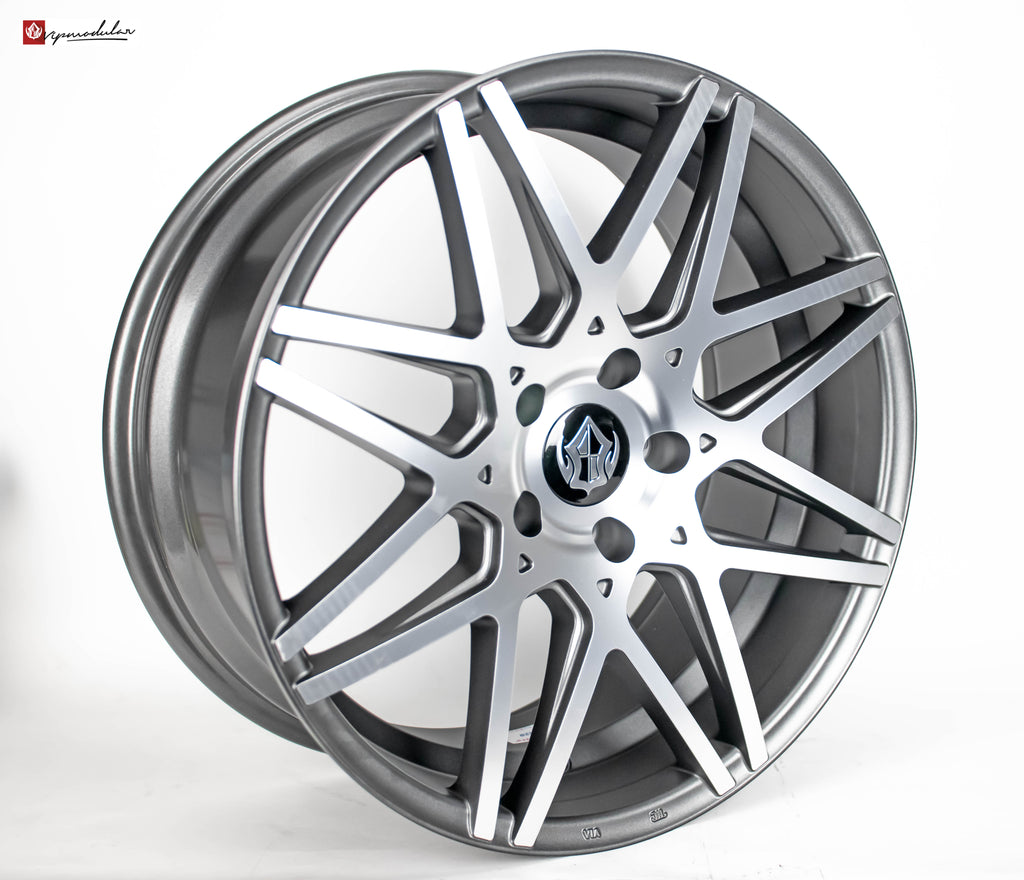 VIP Modular VRC-13 19inch Diamond Cut with Gunmetal Accent Windows.2