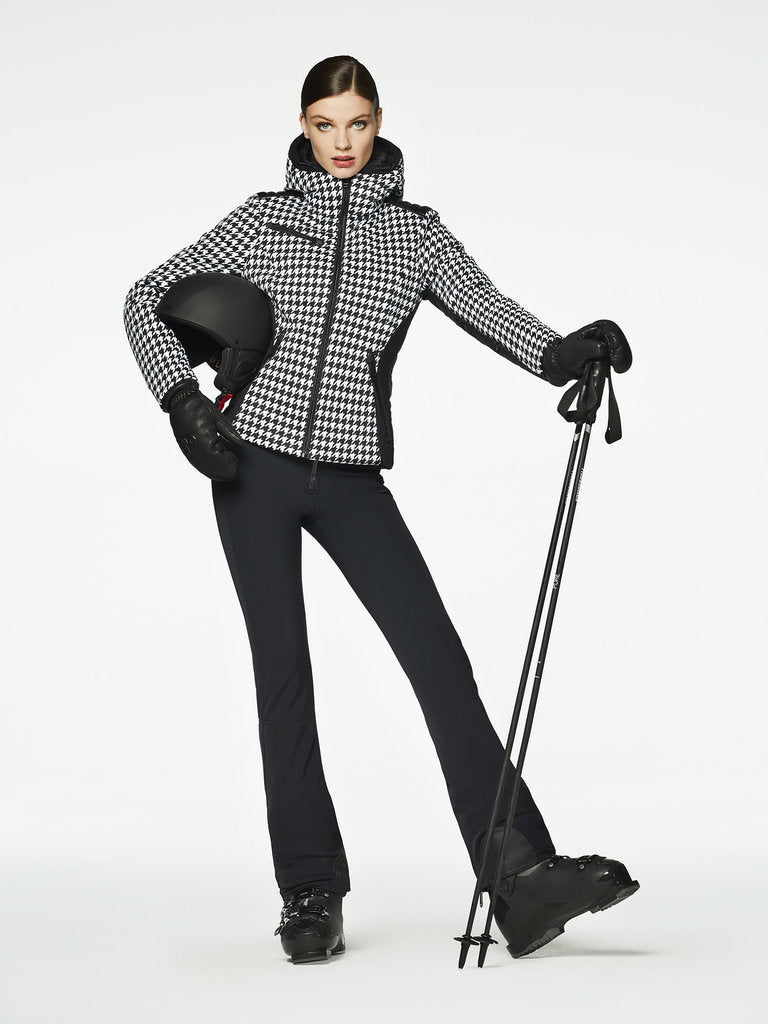 Kate Ski jacket - Goldbergh - dressed front view