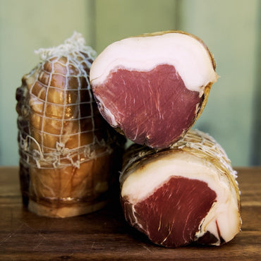 Hoghton Loin; Classic, Choice, Charming