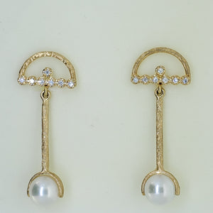 Dangle Pearl Earrings
