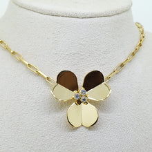 Load image into Gallery viewer, Flower Collection Necklace