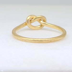 Knotted Ring