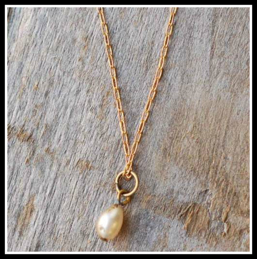 Vintage Pearl Tear Drop Necklace