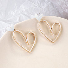 Load image into Gallery viewer, Big Heart Pearl Drop Earrings