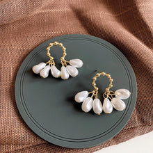 Load image into Gallery viewer, Small Simulated Pearl Tassel Earrings