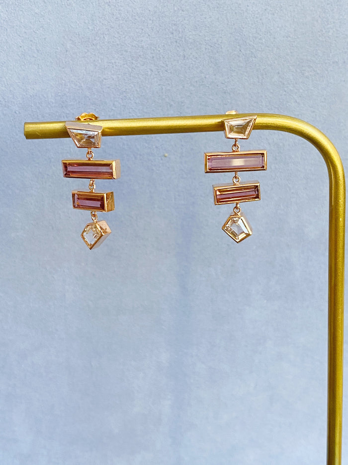 Grande Interlock Earring