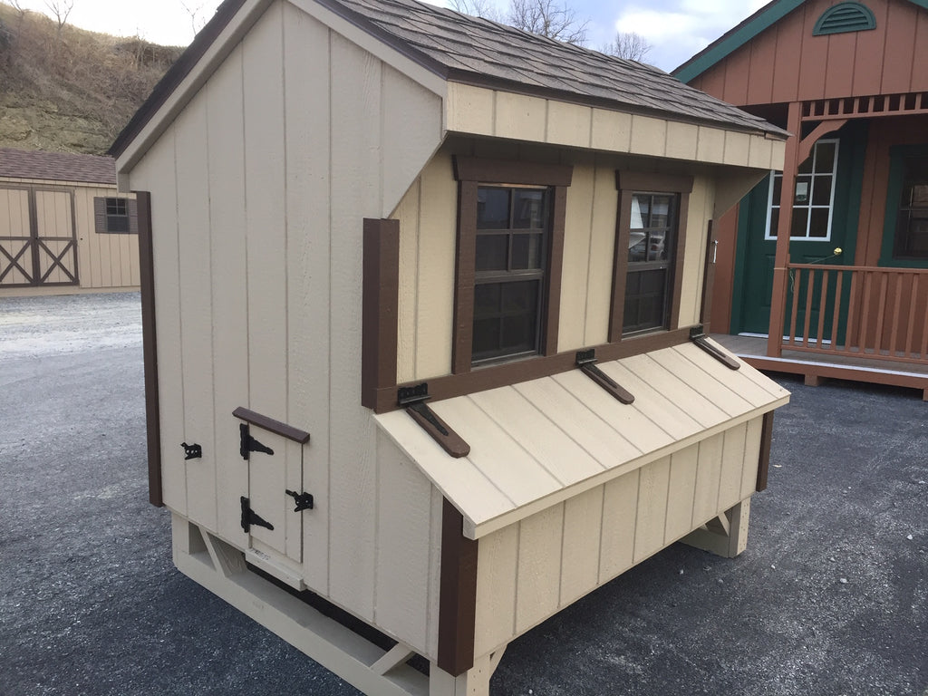 4' X 6' T-1-11 Quaker Chicken Coop