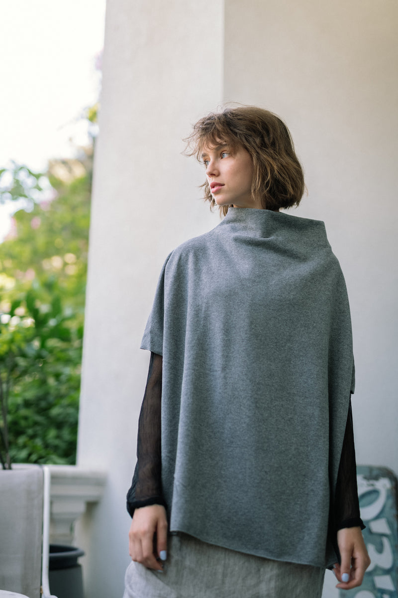 SOFT HIGH NECK OVER PULLOVER