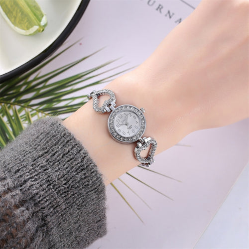 Women's Individual Alloy Quartz Watch Women's Full Diamond Luxury Watch women watches Dress watch Party decoration gifts Femal