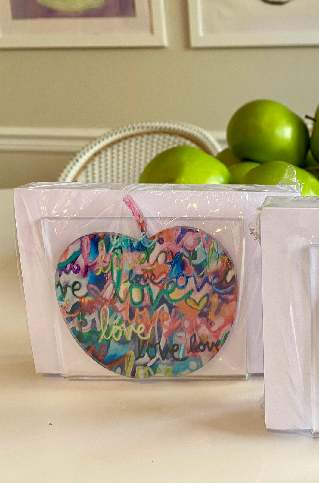 Apple Love Noteholder