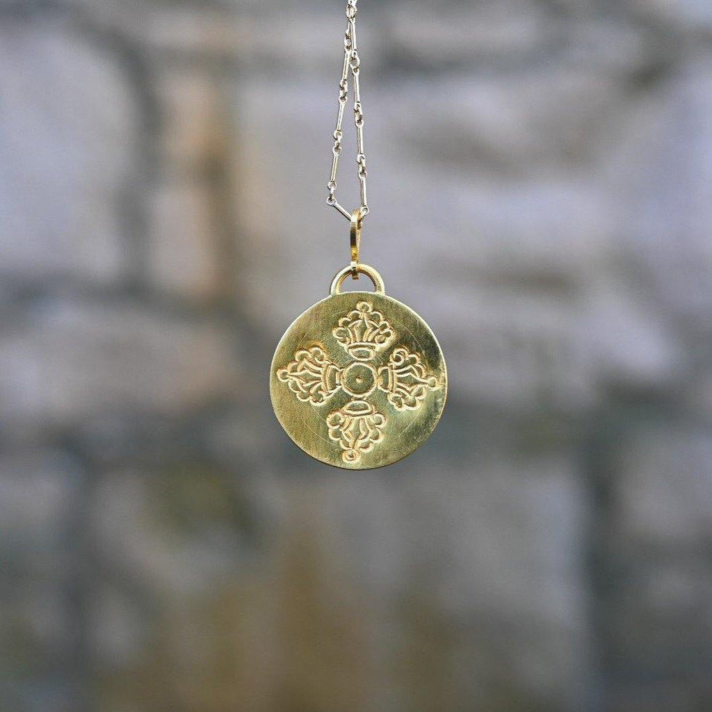 DOUBLE DORJE AMULET - the five clouds