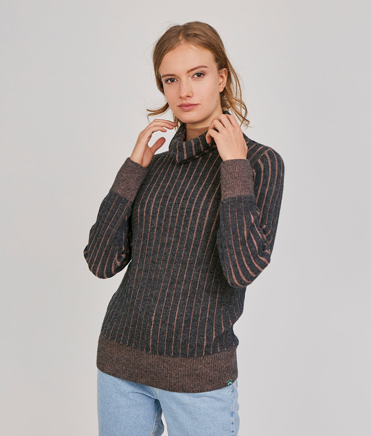 WANDERLUST LADIES WALK WITH ME PULLOVER