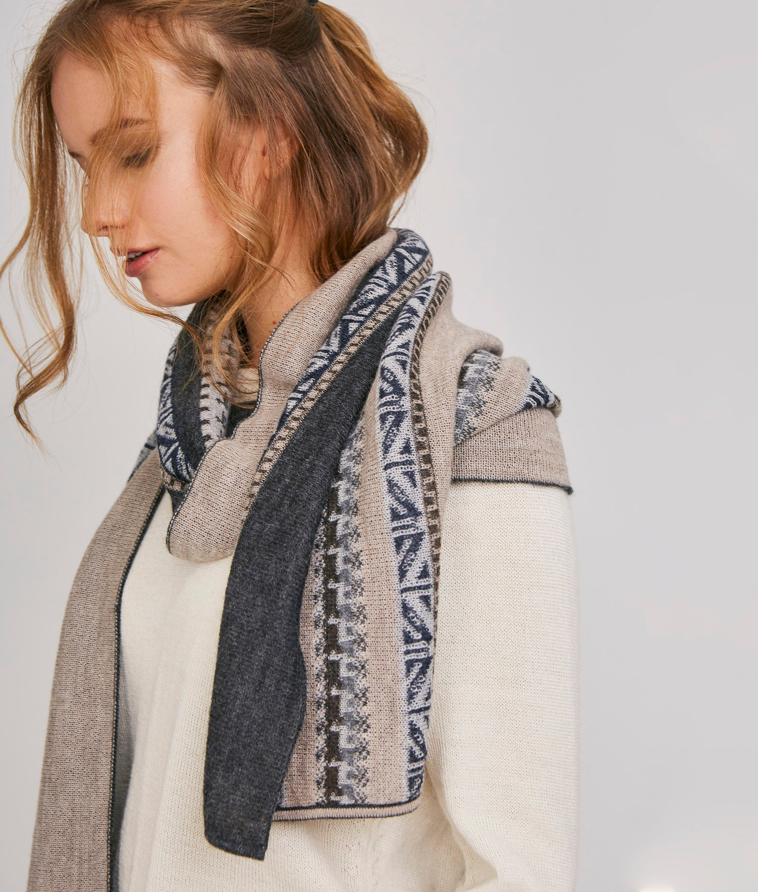 WANDERLUST THE JOURNEY SCARF REVERSIBLE