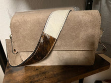 Lade das Bild in den Galerie-Viewer, Tasche ,Cross Bag Handtasche, Wildleder