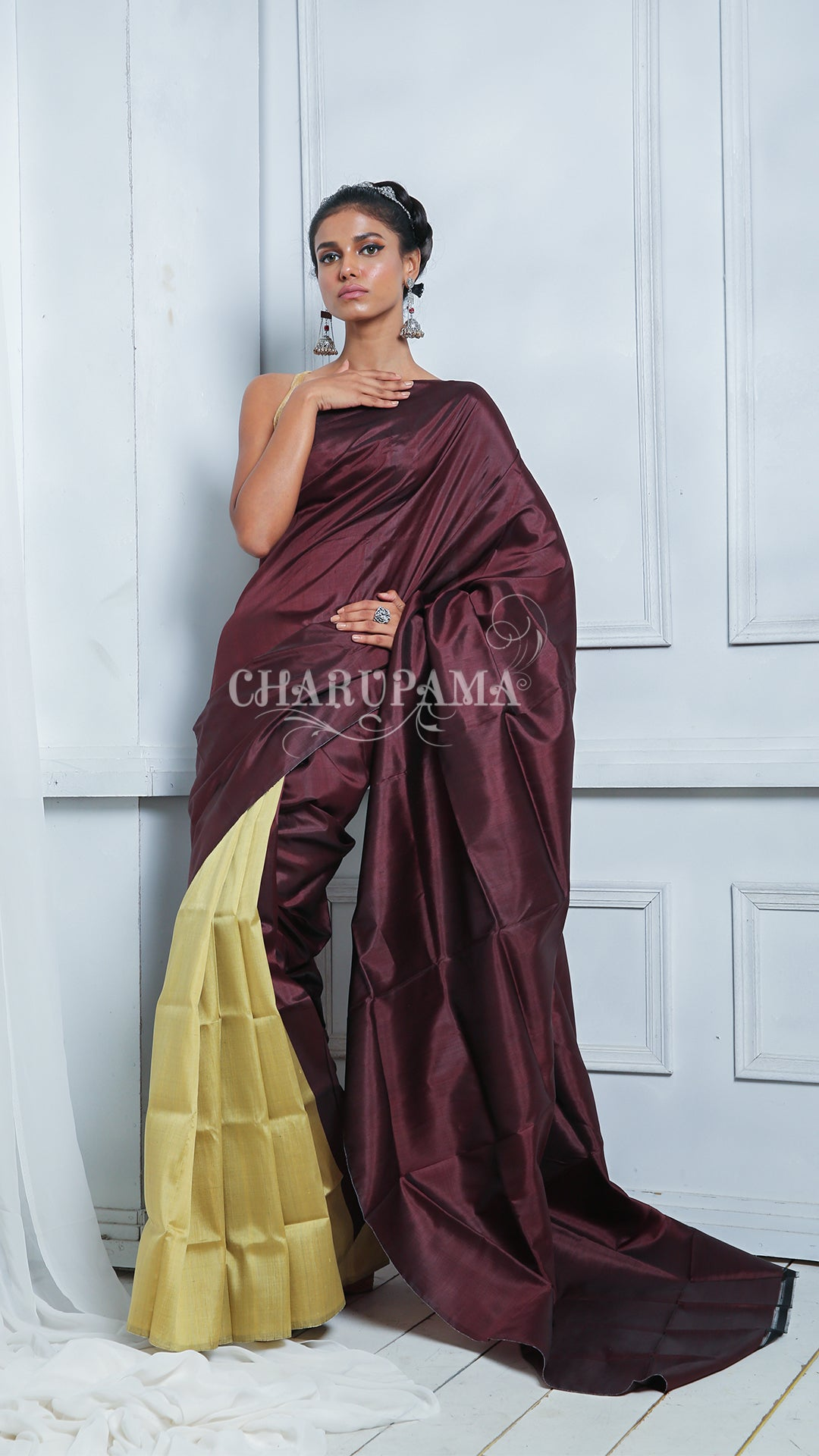 Very Unsusual Colour Combination Weaved In Pure Handwoven Bishnupuri Katan Silk.  Olive And Chocolate Dual Coloured Simple Saree Perfect Blend Of Elegance And Comfort. Simple Wrap With Designer Blouse Or Top These Saree Gives You Lucent And Vibrant Look.
