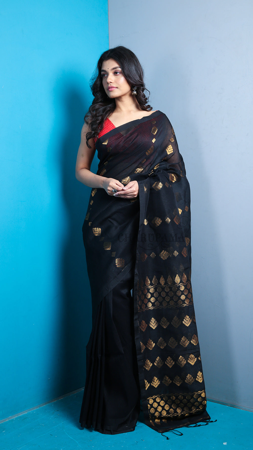 Black Organic Linen With Zari Work And Pallu