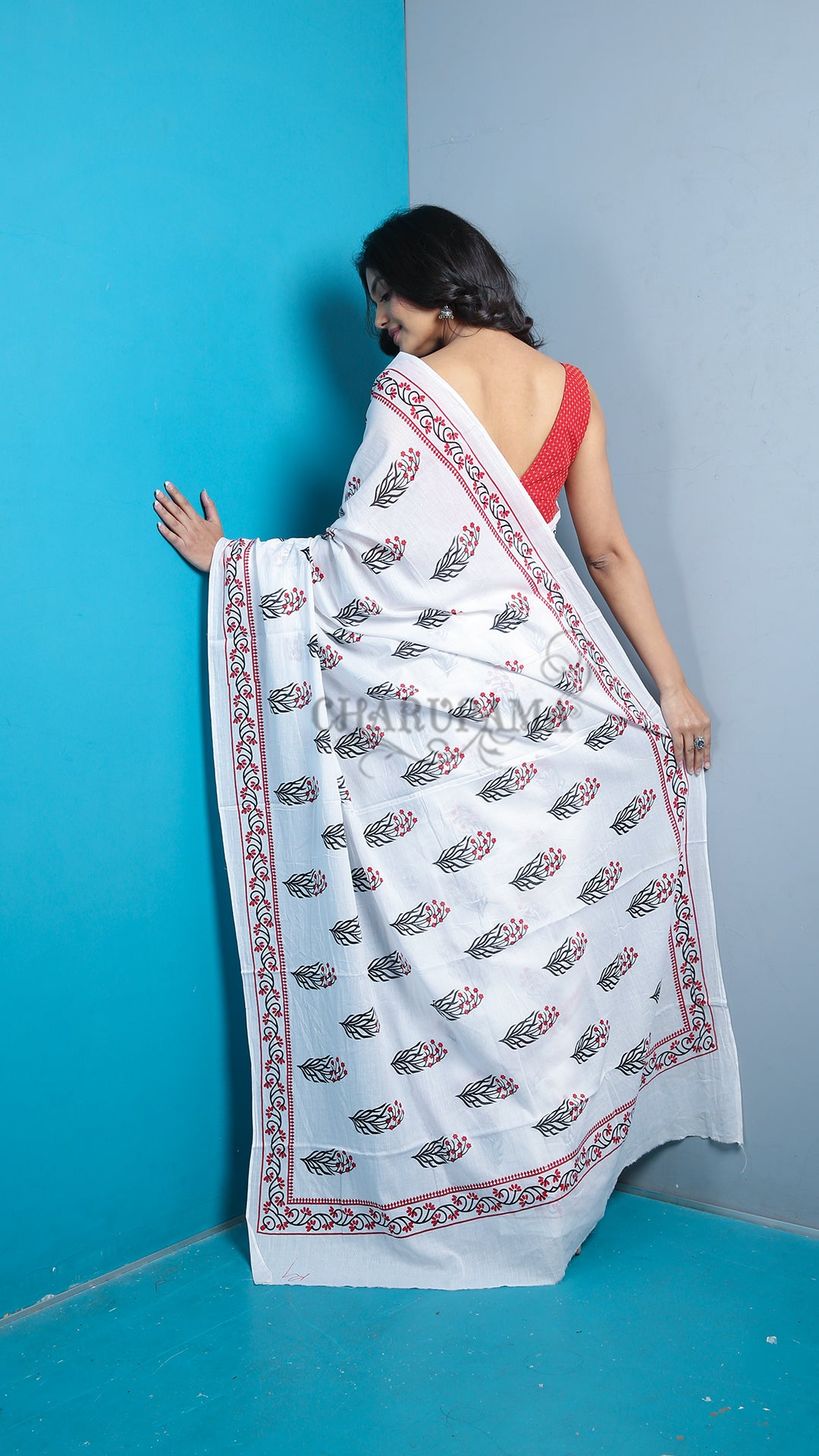 White And Red Floral Printed Pure Cotton Saree