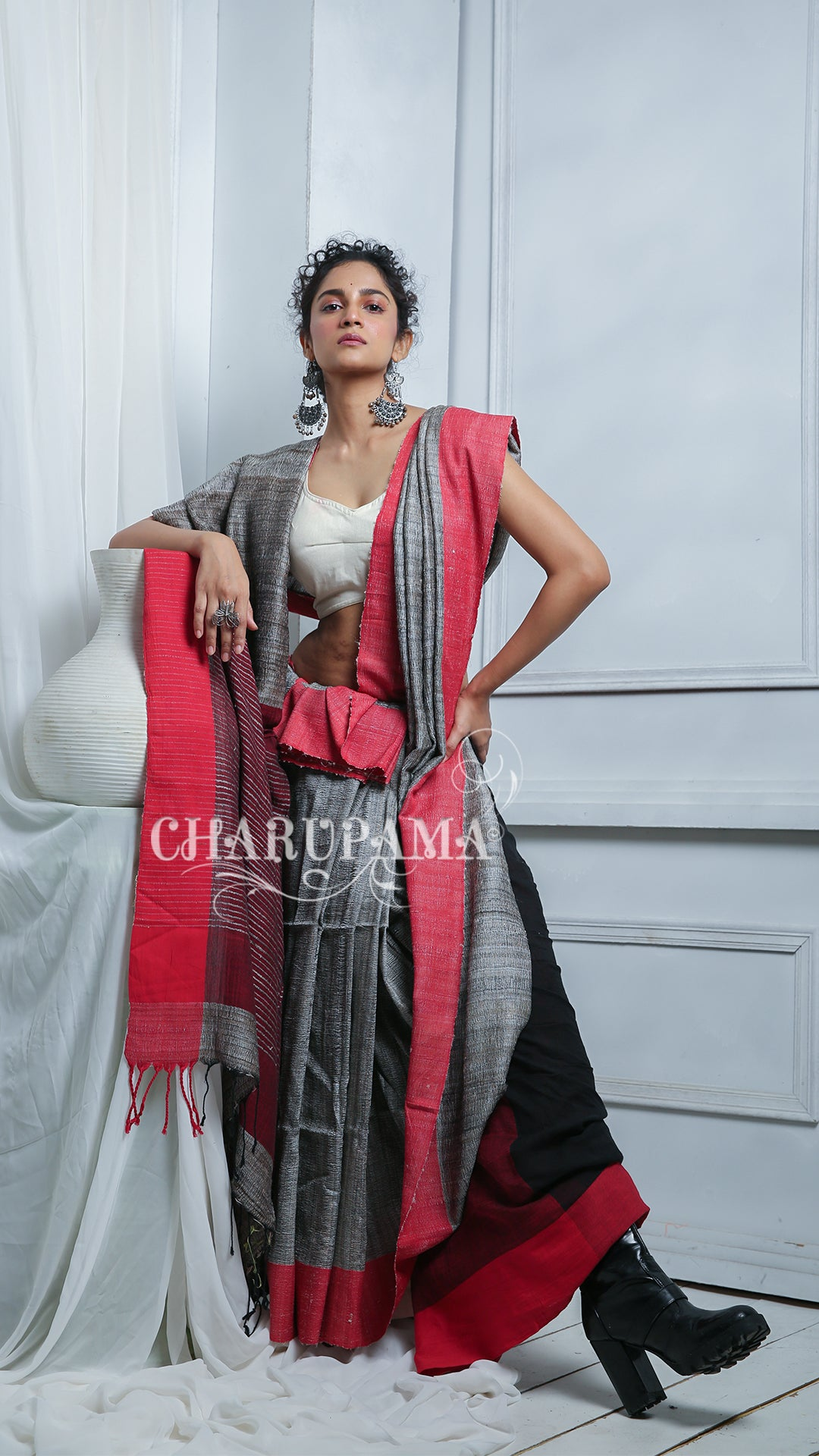 Steel Grey Cotton Ghicha Saree With Green Border And Pallu
