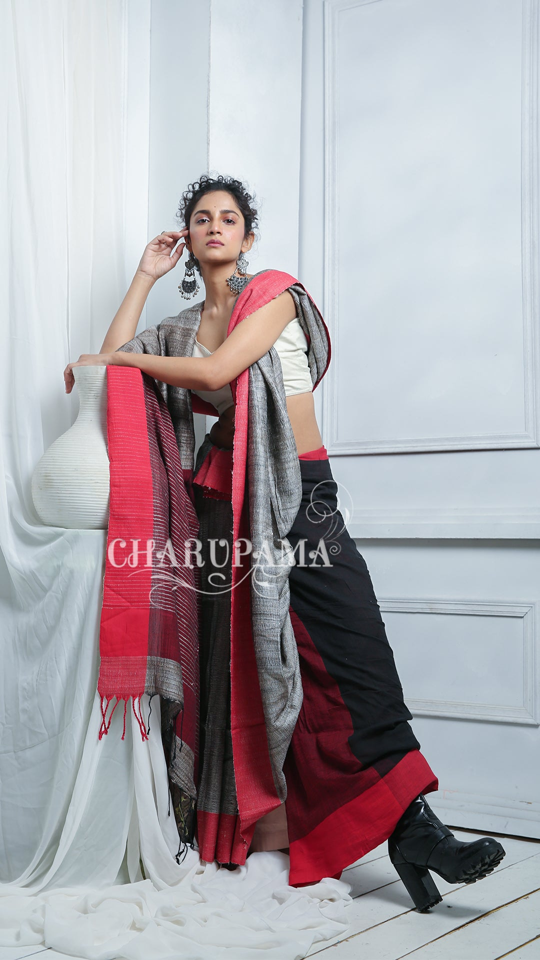 Steel Grey Cotton Ghicha Saree With Red Border And Pallu