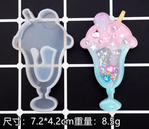 Hot sell Shaker Molds Quicksand Camer Global Drink Epoxy Resin Molds Silicone Mold Star Bear Key Chain Charm Craft Pendant Tools
