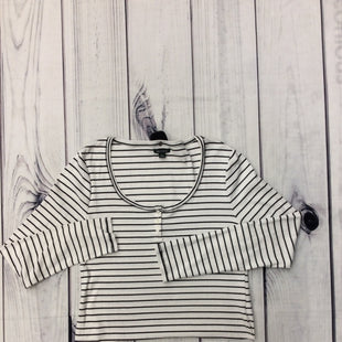 Wild Fable Long Sleeve Shirt -   SIZE XL.  WHITE WITH BLACK HORIZONTAL STRIPES.  3 BUTTONS. .