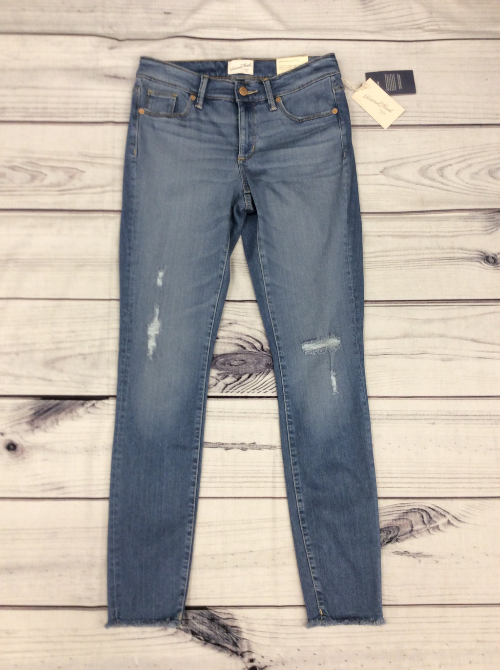 NWT Universal Thread Jeans