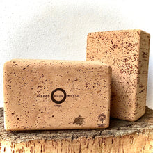 Charger l'image dans la galerie, Green Blue World standard yoga brick. Premium yoga accessories, made by artisans from a regenerative forestry project, for the eco-living yogi.