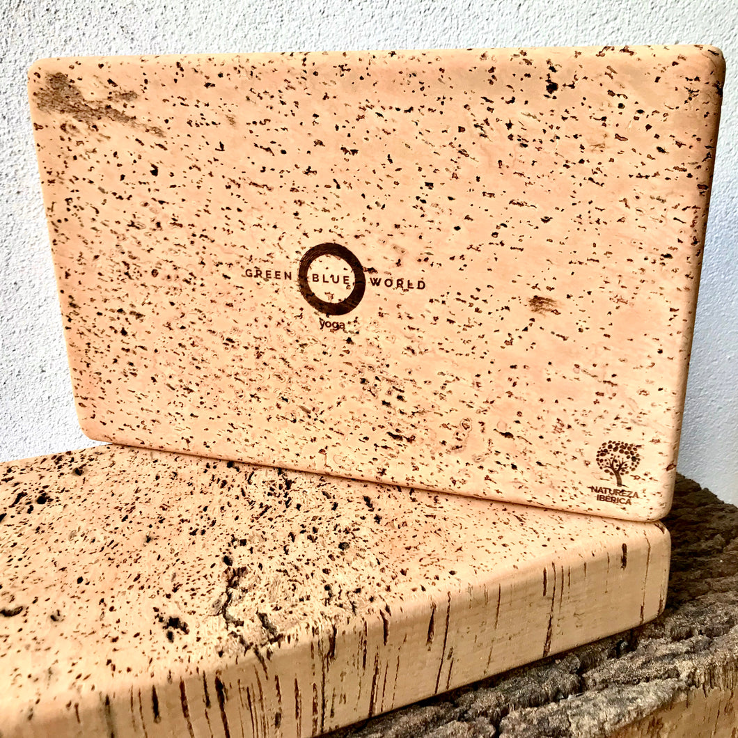 Green Blue World standard yoga block - one side laser etched with GBW logo & Natureza Ibérica ecolabel, the other sides natural. Premium yoga accessories, made by artisans from a regenerative forestry project, for the eco-living yogi.