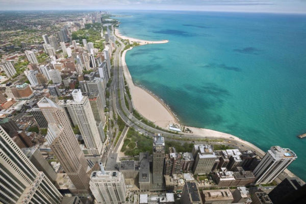 Lake Chicago at Lakeshore Drive, birds-eye view.