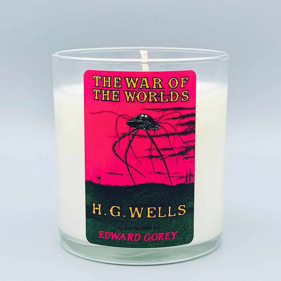 The War of The Worlds - Scented Book Candle