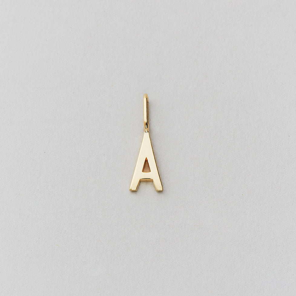 A-Z Charm gold Design Letters, 10mm