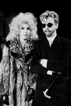 Eurythmics / Love Is A Stranger