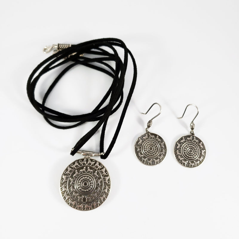 Urartu Pendant and Earrings Set