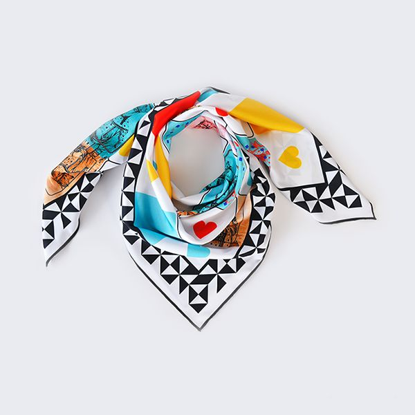 Queen of My Heart Scarf White