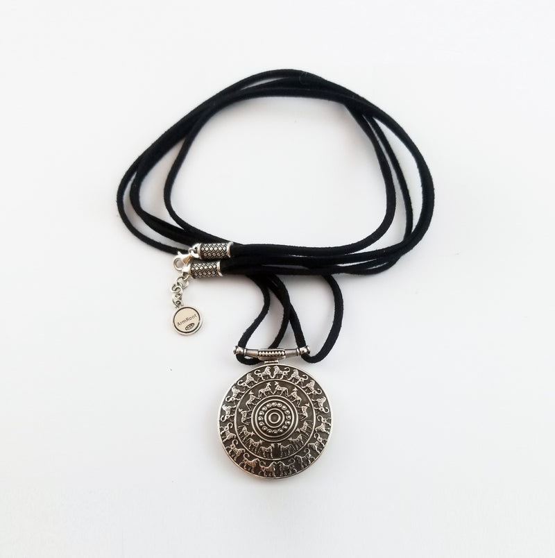 Urartu Pendant and Bracelet Set