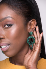 Load image into Gallery viewer, Eso Si Earrings (Green)