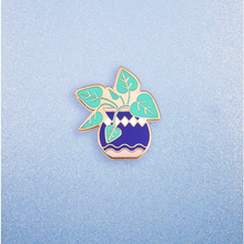 Load image into Gallery viewer, Pothos Plant Enamel Pin