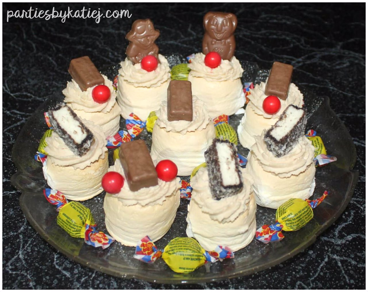 Australia Day Food Cooking Kids Mini Pavlovas