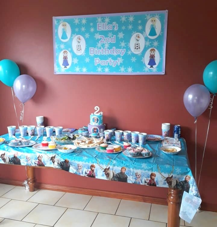 Frozen Birthday Party Cake Table